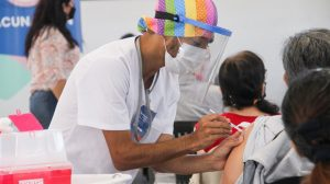 Llegaron 29.200 dosis de la vacuna Sinopharm a la provincia