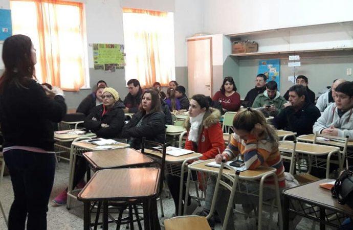 """El gobierno provincial pone en jaque al programa """"Vuelvo a Estudiar Virtual"""""""