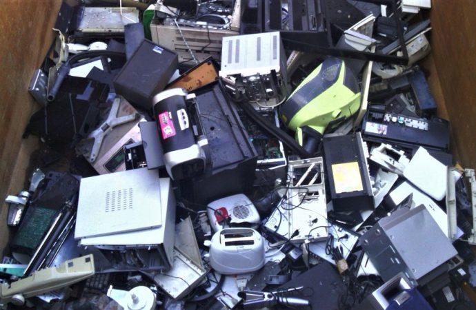 Jornada de recolección de residuos electrónicos en Carcarañá