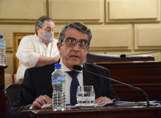 El senador Armando Traferri ingresó este jueves 10 proyectos