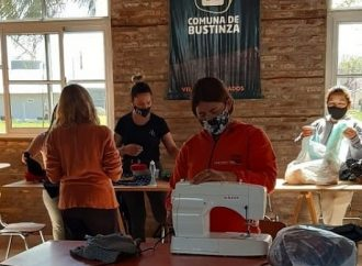 En Bustinza iniciaron un taller de supra-reciclado textil
