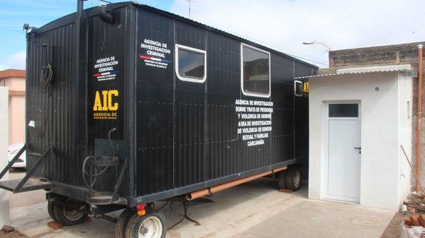 Carcarañá: La Provincia entregó un contenedor para que funcione la Comisaría de la Mujer